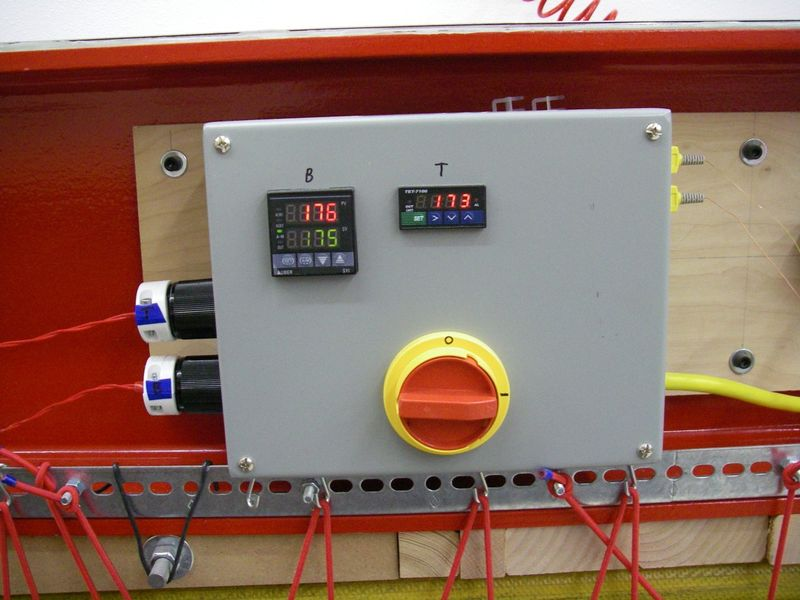 File:Press HeatControllerOutside.JPG